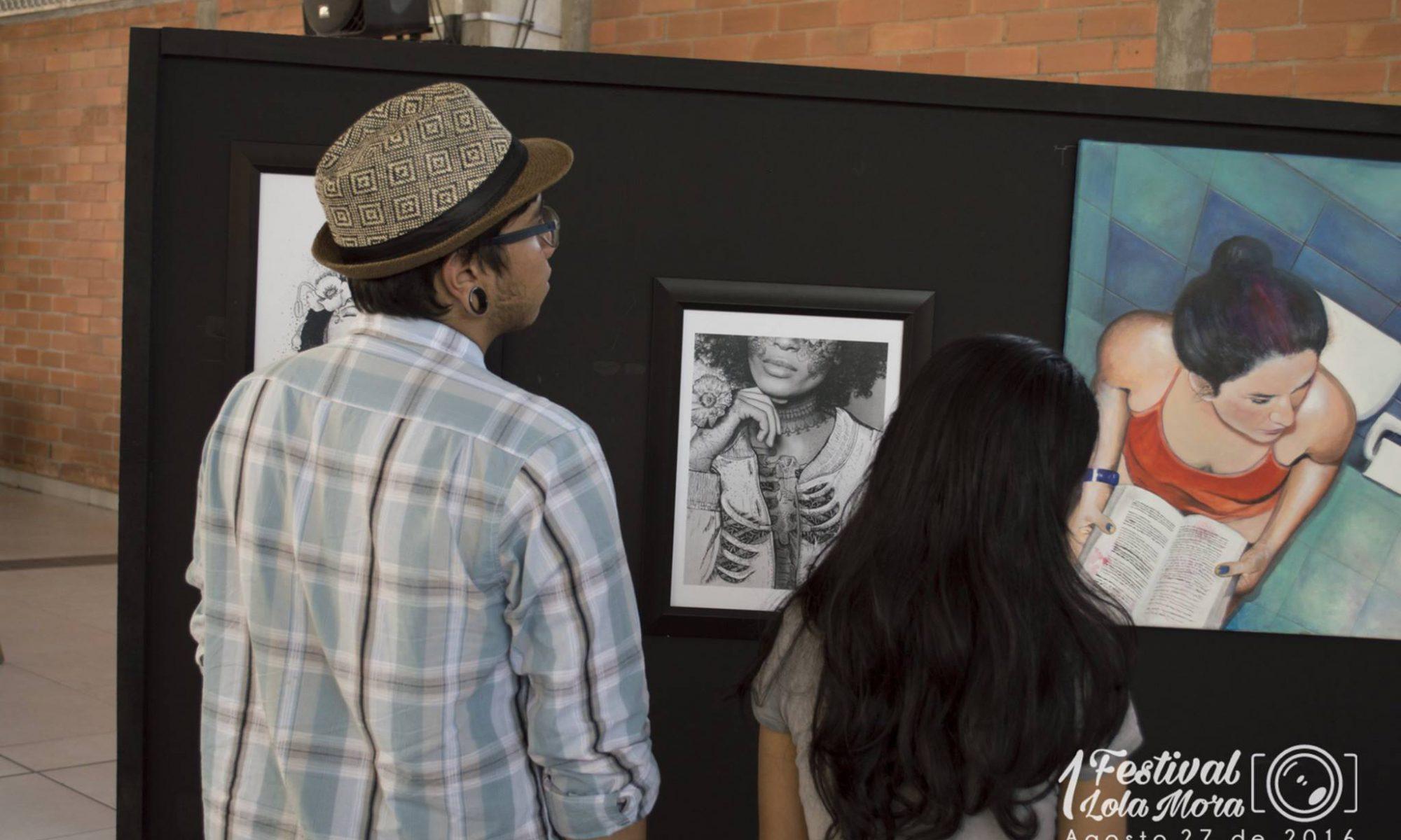 Primera Exposición de Fotografía y Pintura Lola Mora